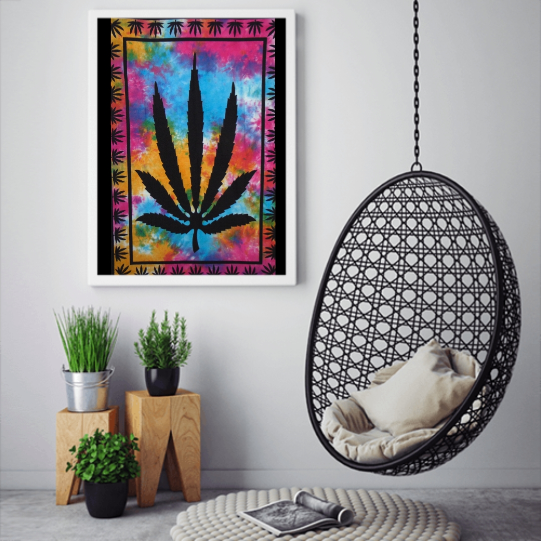 Heyrumbh Handicrafts Ganja Leaf Tapestry Wall Hanging Cotton Poster(Multi Color, 40 X 30 Inches)